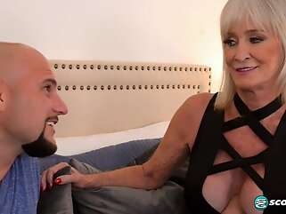 big tits txxx blonde